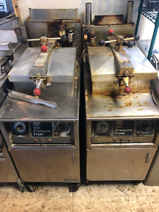 Henny Penny 600 Pressure Fryer Gas 2 Hennys Fried Chicken Detroit W Filtration