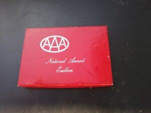 Vintage Gm Accessories Nos Aaa Automobile Badge 30 S 40 S 50 S Chevy