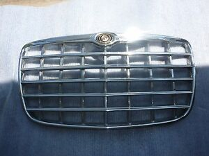 2008 2009 2010 2011 Chrysler 300 Front Radiator Grille Grill 04806455aa