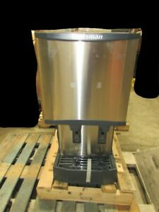 New Scotsman Ice Dispenser W Cosmetic Damage Hid312a 1a