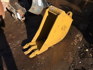 12 Cp Wain Roy Trenching Bucket W 45mm Pin Free Ship W 25 Miles Only