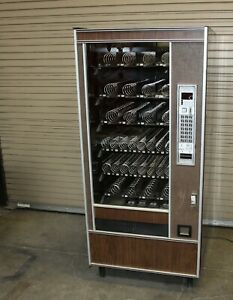 Ap Automatic Products 6600 6000 Snack Vending Machine In Good Working Condition