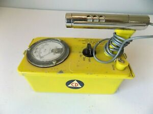 Victoreen Cdv 700 Model 6b Geiger Counter Cold War Prep Prepper Vintage read