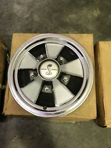 1968 Shelby Cobra Hubcaps Brand New In Boxes 4