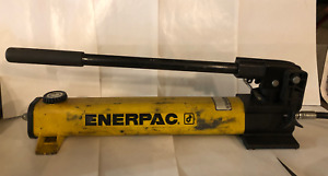 Enerpac P392 Hydraulic Hand Pump 2 Speed 700 Bar 10 000 Psi
