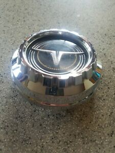 Ec Vintage Oem 1970 s Ford Maverick Gas Fuel Cap Steer Medallion
