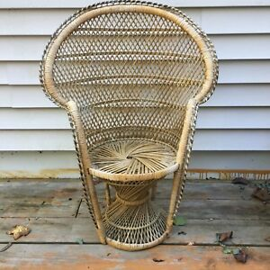 Vtg Child S Peacock Rattan Wicker Chair Fan Palm 24 Tall
