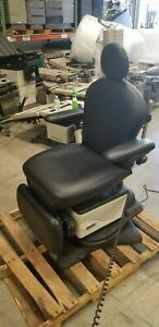 Midmark 641 Programmable With Rotation Power Procedure Table Exam Chair