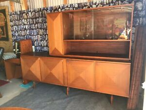 Mid Century Modern 8 Diamond Front Walnut Credenza With Removable Hutch Top