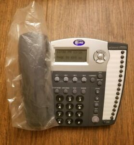At t 945 4 line Small Business System Office Telephone Handset Only See Descrp