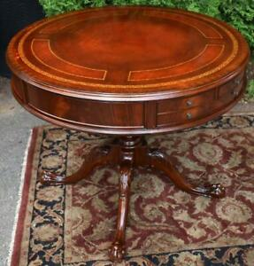 1920s English Chippendale Mahogany Red Leather Top Center Table Hall Table