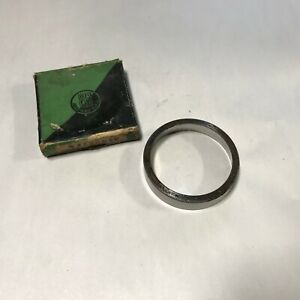 1932 1933 1934 1935 1936 Plymouth Nos Mopar Differential Bearing Cup 698397