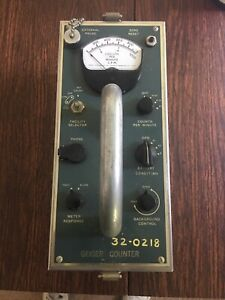 Vintage Geiger Counter Rca Mod Wf 15a 10 Tube Betta gamma Survey Meter Geiger Co