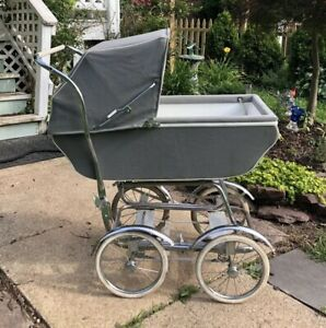 Vintage Baby Carriage Stroller Buggy Photography Prop Euc
