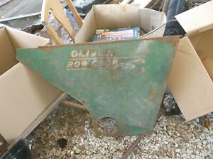 Oliver 88 Gas Row Crop Tractor Side Panel