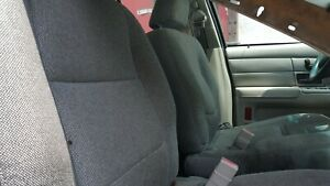 03 Ford Crown Victoria Front Seats Used Gray Pair