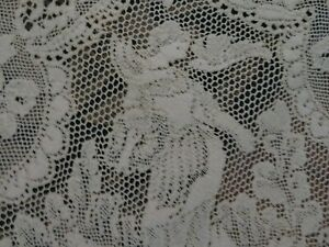 Oh My Beautiful Vintage Or Antique Lace Figural Cerubs Angels Ornate Tablecloth
