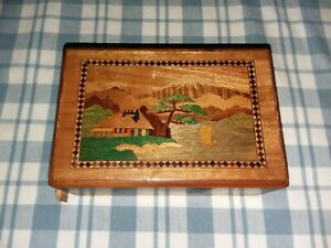 Vntge Japanese Secret Puzzle Box Inlaid Wood Antique Inlay Mt Fuji Trick 2 Sided