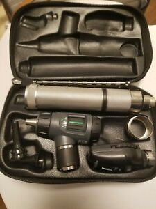 Welch Allyn Diagnostic Set 97200 Mc Macroview Ophthalmoscope Otoscope Specula