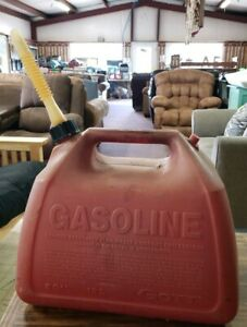 Vintage Gott 5 Gallon Vented Gas Can With Spout Missing Rear Cap