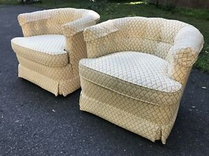 Mid Century Modern Drexel Barrel Club Chairs Pair Heritage Swivel Tufted Petite