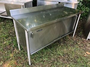M e Heavy Duty 5 X 24 Stainless Steel Food Prep Table Enclosed Cabinet Combo