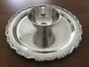 Oneida Silver Plate Chip Dip Bowl And Attached 12 Platter
