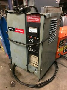 Hobart 380a1 6 Industrial 12 Volt Gray Battery Charger Lift Forklift Scrubber