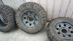 Super Swamper 30x11 50 16lt Tires Tsl Thornbird Interco 3 Plus 2 Wheels Take Off