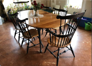 Nichols And Stone 6 Windsor Chairs And Table Antique Dining Set