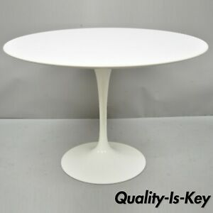 Knoll Eero Saarinen 42 Round White Laminate Top Dining Table Made In Italy