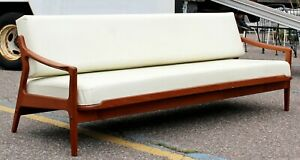Mid Century Danish Modern Scandiline Industries Day Bed Teak Base 1960s