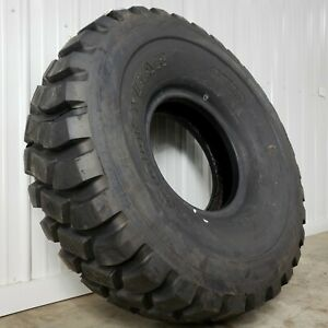 New Old Stock Goodyear At 2a 52 16 00r20 22 ply Military Hemtt 8x8 Truck Tires