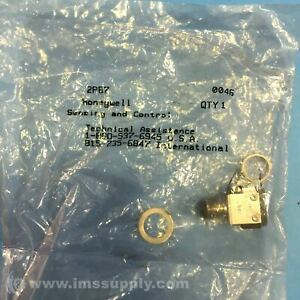 Honeywell 2pb7 Pushbutton Switch Pb Series Dpdt Momentary Fnfp