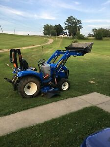 2014 New Holland Baby Boomer 4x4 Compact Tractor