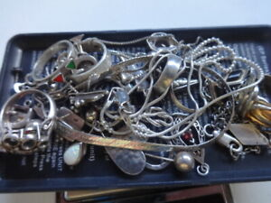 Vintage Sterling Silver Jewelry Lot Rings Bracelets Pendants Earrings Charm 64 G