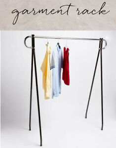 62 x 19 x 48 Height Commercial Single Bar Black Clothing Rack Retail Display