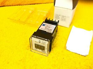 New Extech 48m1 Temperature Controller 48m1kf1101 110 Vac Or 220 Vac
