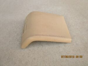 07 10 Lincoln Navigator 4d Suv Center Console Arm Rester Lid Oem Tan Ivory