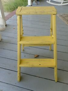 Vintage Old Wooden 2 Ft Step Ladder Country Or Farm House Decor