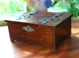 Vintage Arts Crafts Mission Oak Box Figured Grain Gothic Jewelry Desk Trinket