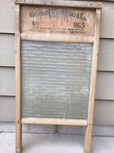 Vintage National Washboard Co 865 Laundry Washboard Glass