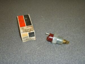 New Nos Borg Warner Bwd Coolant Temperature Sender Sending Unit Wt 330 Chevy Gm