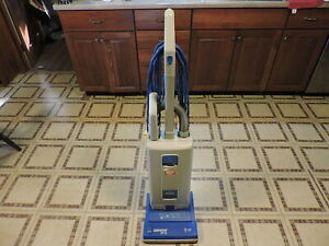 Windsor Sensor Xp 12 Commercial Upright Vacuum Cleaner W Attachments
