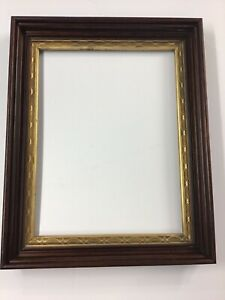 Antique Walnut Frame With Inner Guilt Edge Very Good Condition 22 X 17 1 2