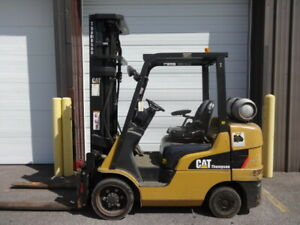 2011 Caterpillar 6 500 Pound Capacity Lp Gas Forklift Model 2c6500 Nice Unit