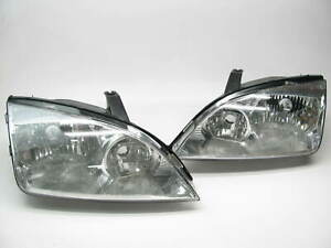 Used Oem Ford Pair Left Right Headlight Head Lamp Set 2005 2007 Ford Focus