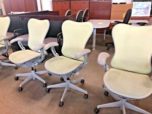 Executive Chair By Herman Miller Mirra fully Loaded