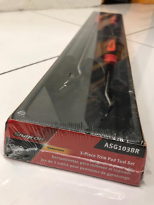 Brand New Snap On Snap On 3 Piece Trim Pad Tool Set Asg103br Red