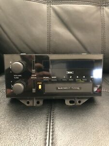 Vintage Delco Gm Am Fm Car Auto Stereo Radio Model Electronic Tuning